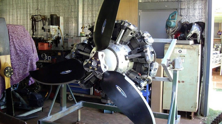 Russell Sutton's 14 Cylinder Radial Engine Gets a Propeller