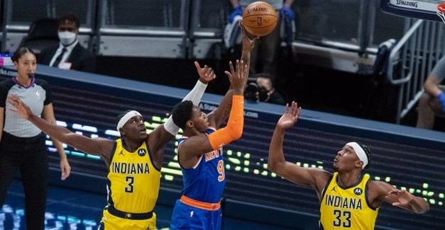 Claustrophobic Defense Contains Pacers for Tight Knicks Victory