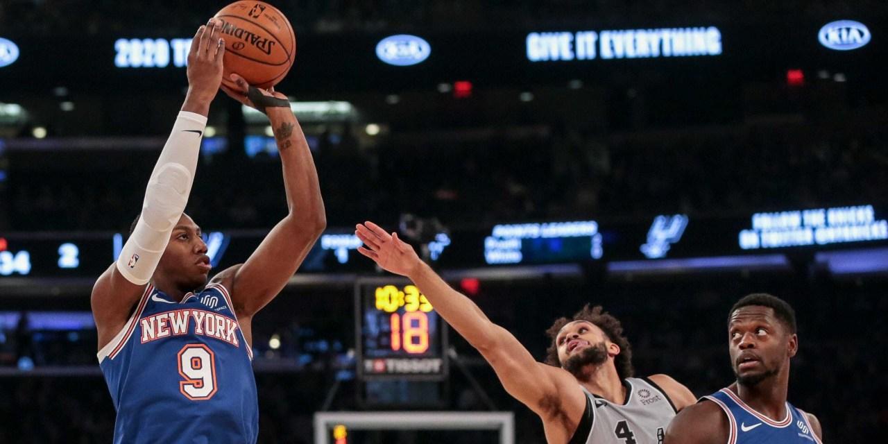 Knicks Look to Extend Winning Streak With Visit to San Antonio