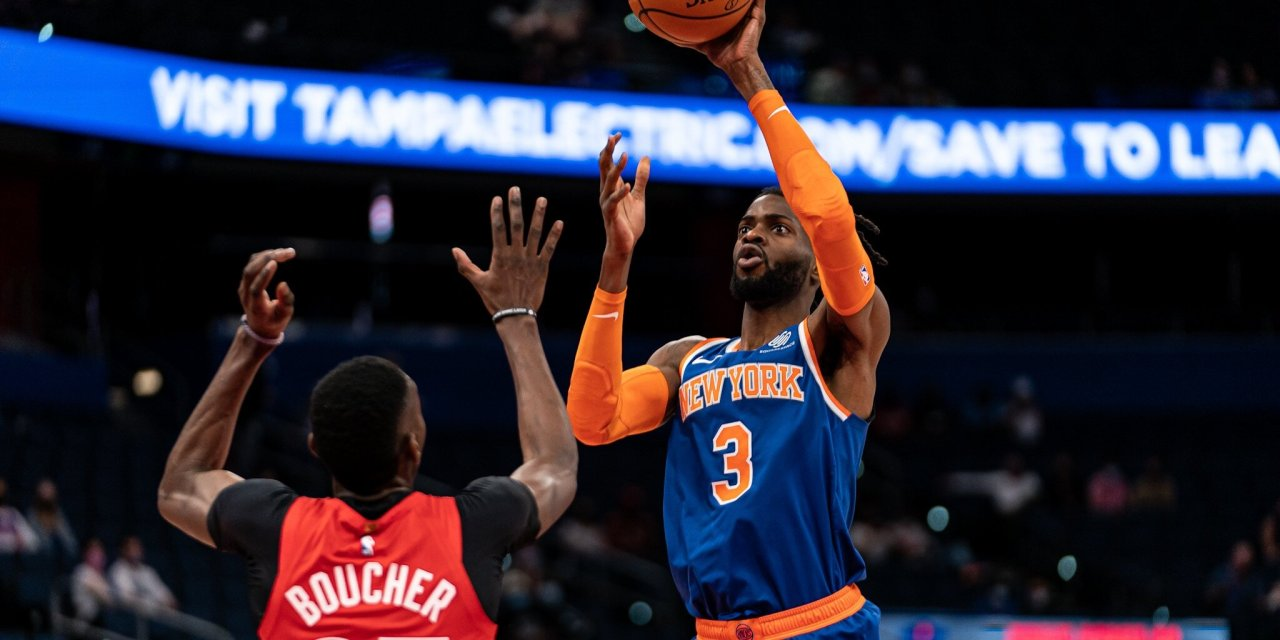 Knicks Host Raptors at the Garden, Look to Start New Winning Streak