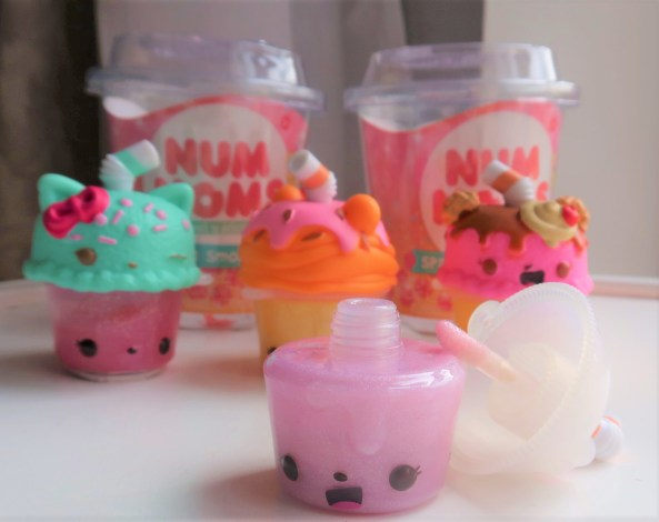 The knight Tribe- Num noms sparkle smoothies