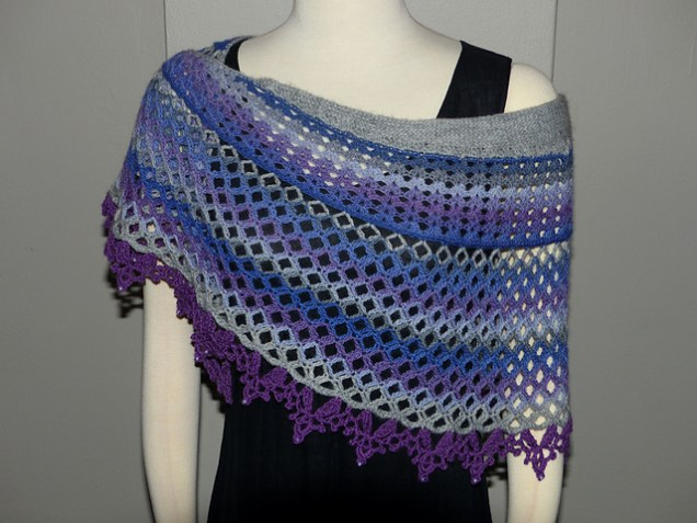 Dragonfruit Shawl in Knit Picks Chroma by tekkie on Ravelry