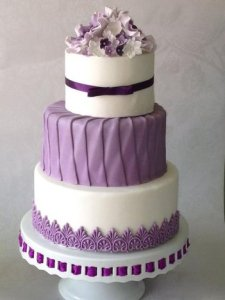 Purple Wedding Cakes   THE KNOT  A wedding cake company