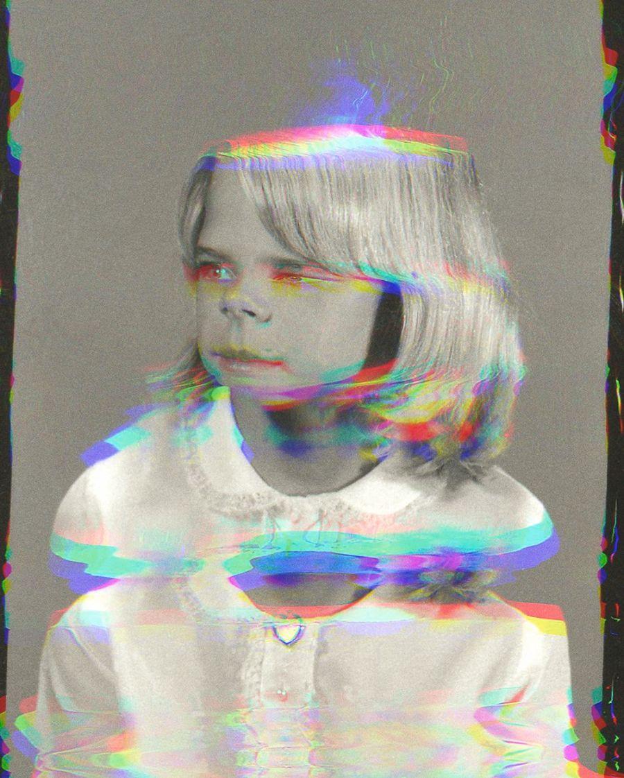 2_Sara Cwynar_Girl from Contact Sheet (Darkroom Manual)_2013