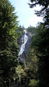 Explore Shannon Falls, British Columbia