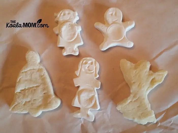 Salt dough vs. magic clay