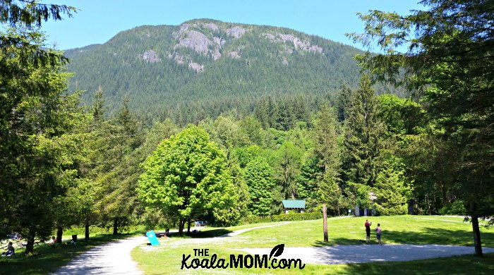 Buntzen Lake Picnic Area (with washrooms, tennis courts, off-leash dog park, and more)