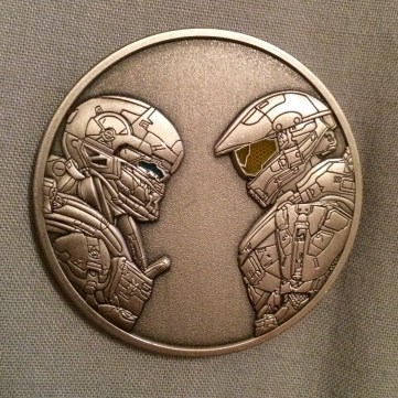 1446411157-halo-5-military-base-coin-1