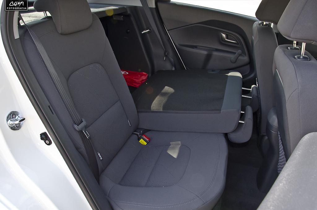 Review 2012 Kia Rio 1 4 Crdi 90 Hp Drive 5 Door Korean