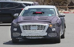 Hyundai Genesis Sedan Turbo Spied for the First Time (1)
