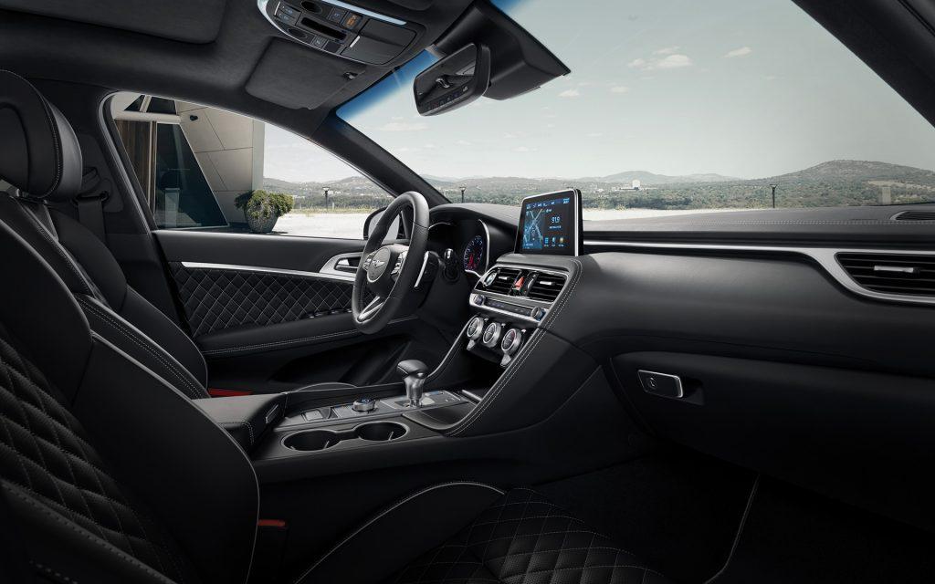 genesis-g70-features-design-interior-layout