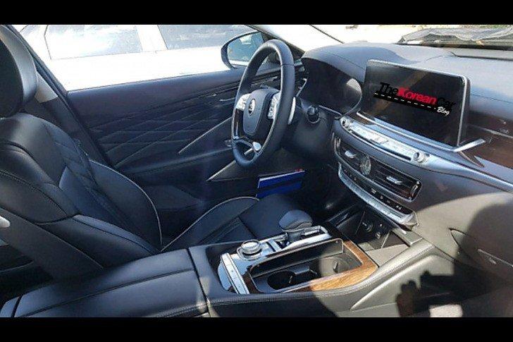 Kia K900 Interior Spied Undisguised The Korean Car Blog