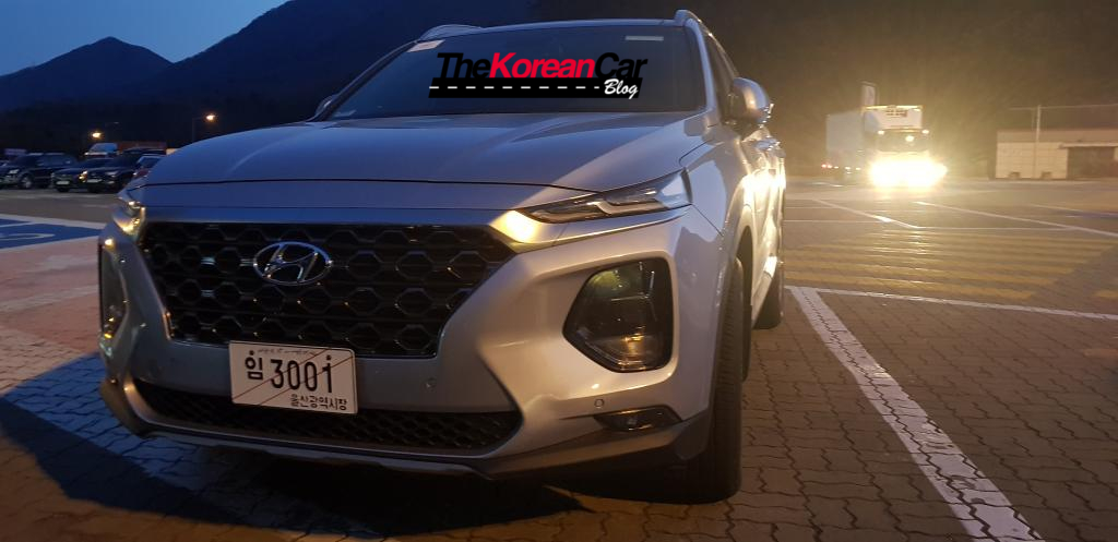Hyundai Santa Fe spied new angles (7)