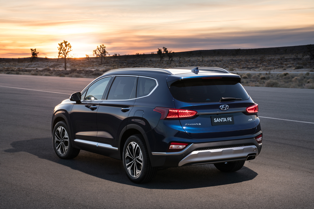 us spec hyundai 2019 santa fe arrived at ny autoshow the korean car blog. Black Bedroom Furniture Sets. Home Design Ideas