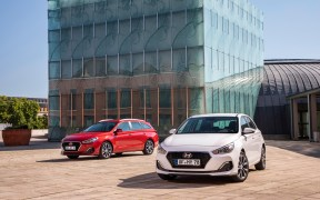 hyundai-i30-wagon-5door-sep2018-01