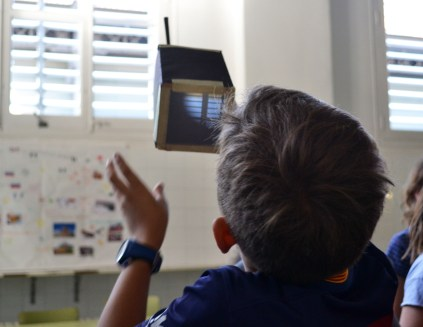 Tallers Extraescolars Ciència Cambra Fosca / Càmera Obscura Barcelona