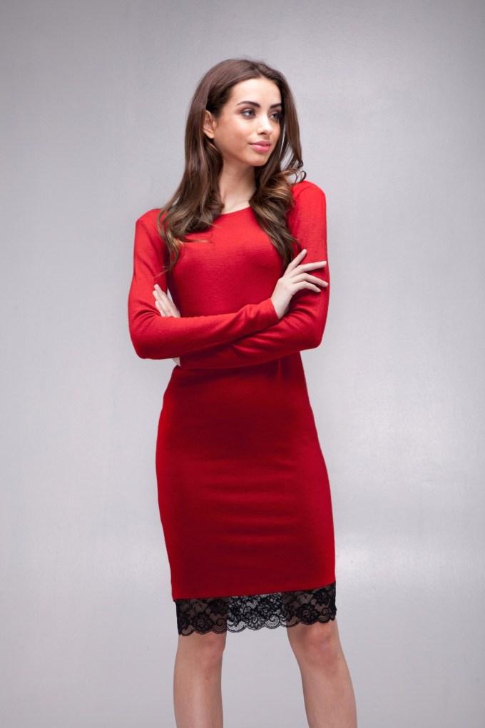 Платье с кружевом из ангоры красного цвета (4)