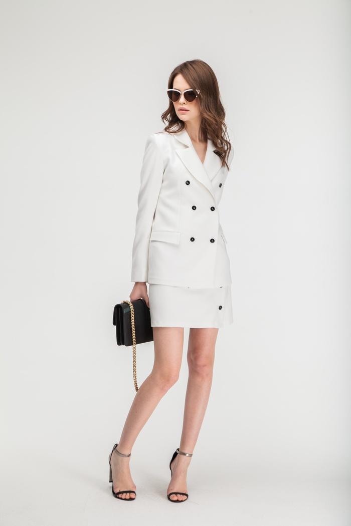 Костюм жакет и юбка белый - THE LACE