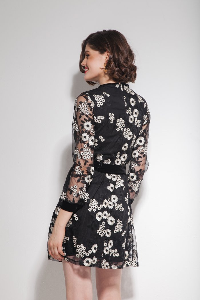 Платье с цветочной вышивкой черное - THE LACE