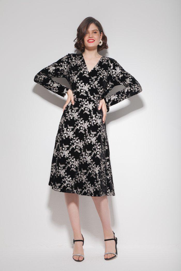 Платье миди из бархата с однотонной вышивкой - THE LACE