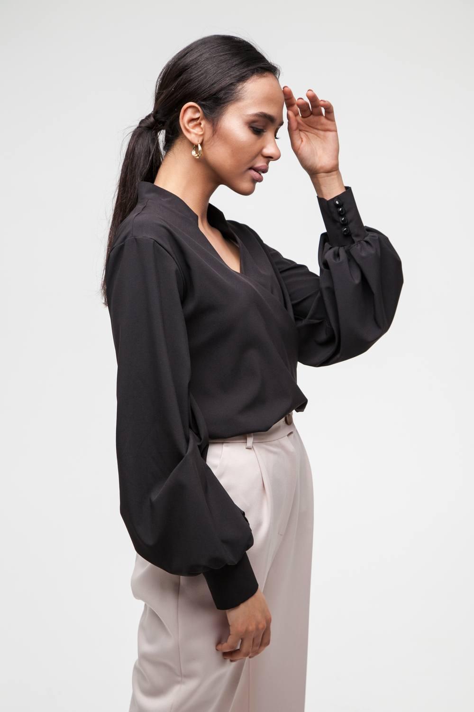 Блуза на запах черная - THE LACE