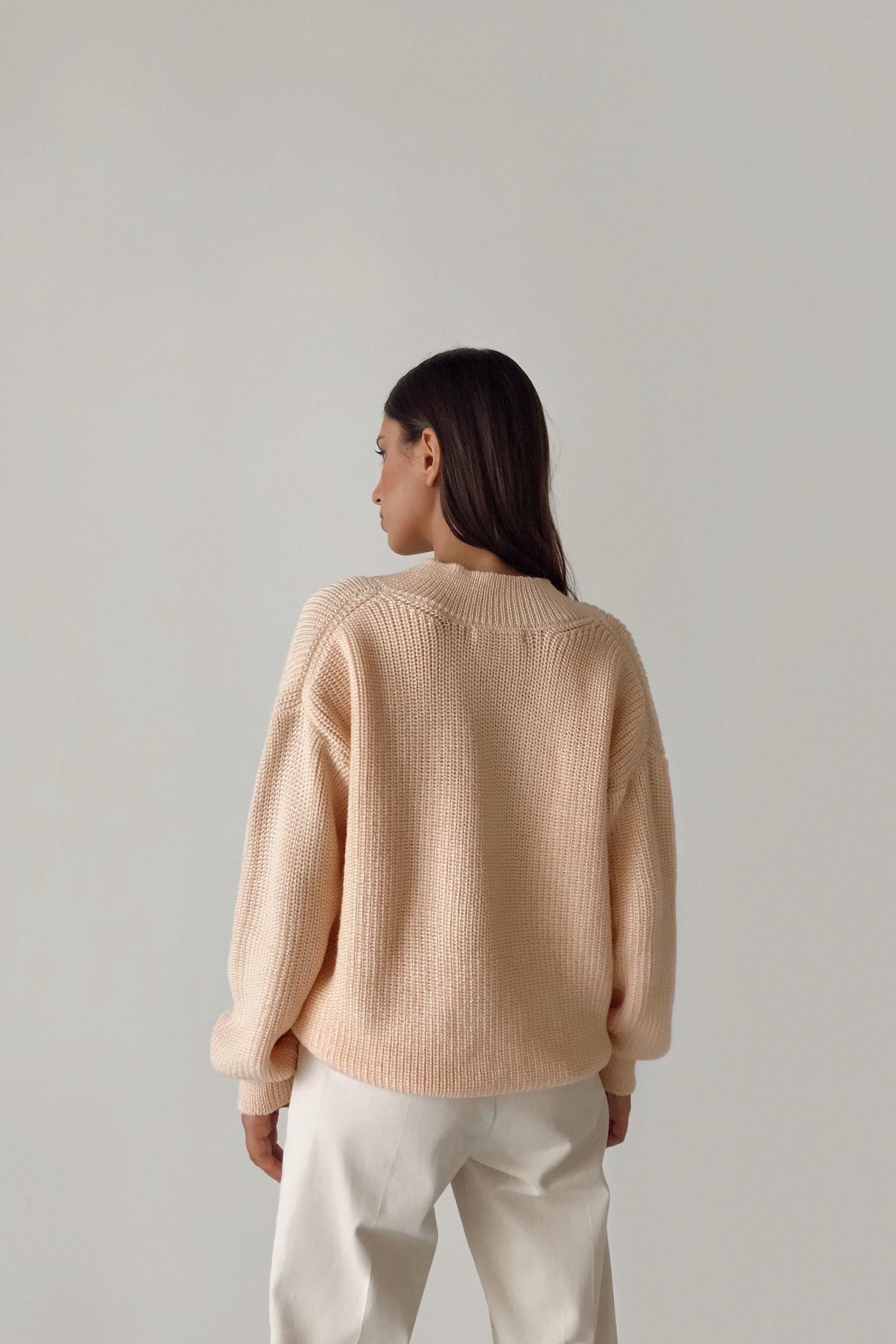Шерстяной свитер с вырезом цвета крем-брюле - THE LACE
