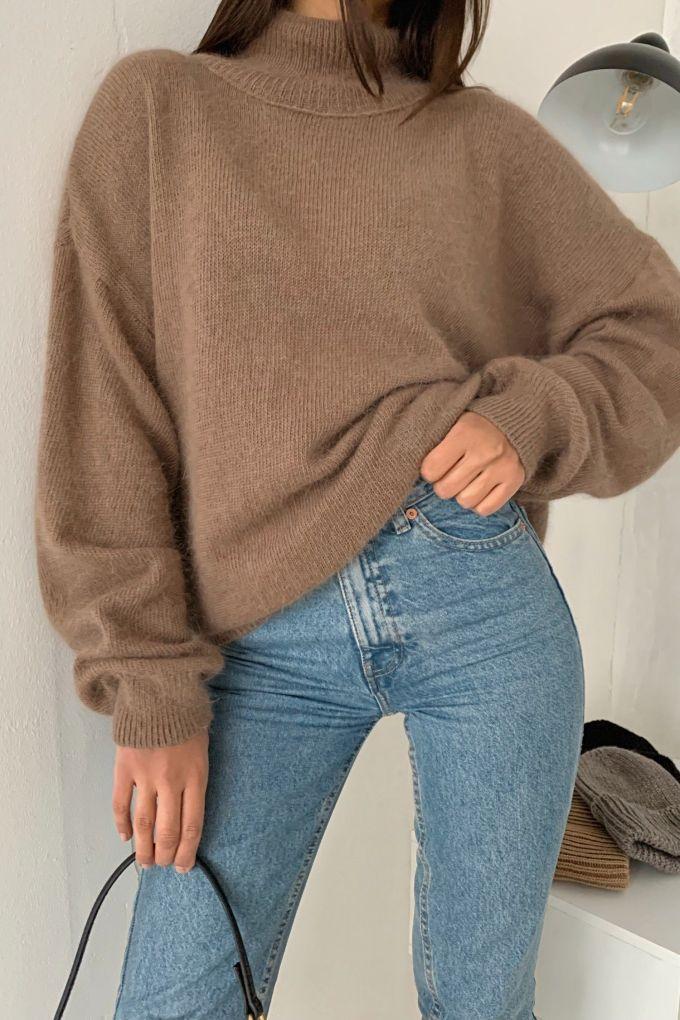 Об'ємний светр з капучино анголи - THE LACE