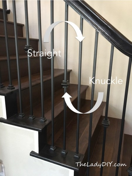 A image that shows the difference between knuckle spindles and straight spindles