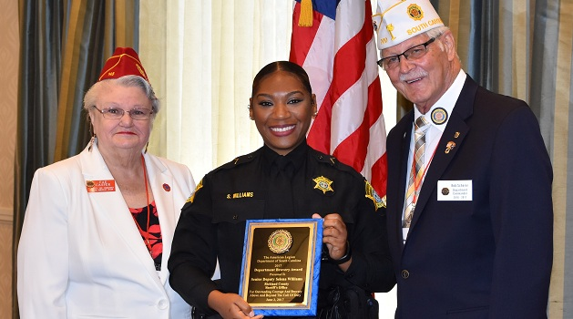 Richland Deputy honored for bravery