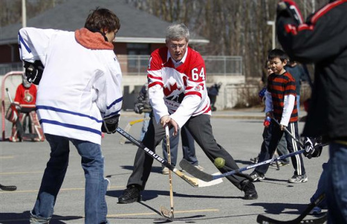 Harper-Street-Hockey-Sized