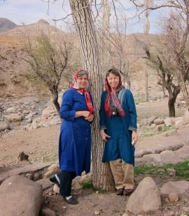 Epic Weekend organisers Feloor Talebi (left) and Kira Van Deusen (right) in Iran   Photo by Hossein Mashreghi