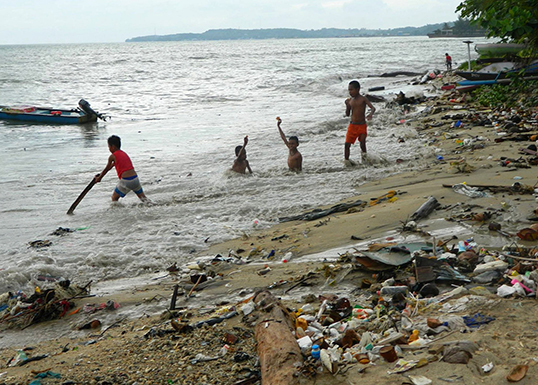 Clean up at Raja Ampat near Papua New Guinea | Photo courtesy of David Pennington