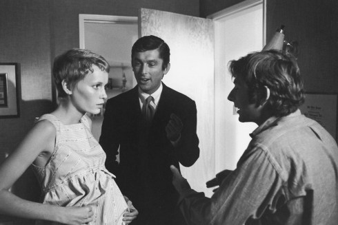 Left to right, Mia Farrow, Robert Evans, and Roman Polanski during production on ROSEMARY'S BABY, 1968.  Digital Id: 1083_012484