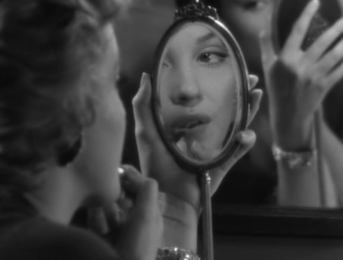 Marilyn Don't Bother to Knock-mirror