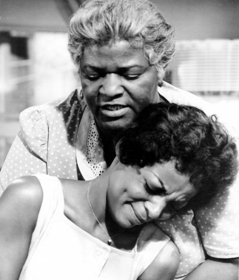 A RAISIN IN THE SUN, Claudia McNeil, Ruby Dee, 1961