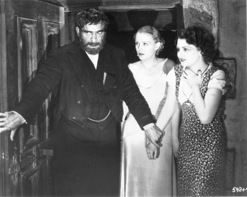 Boris, Gloria Stuar and Lilian Bond in The Old Dark House