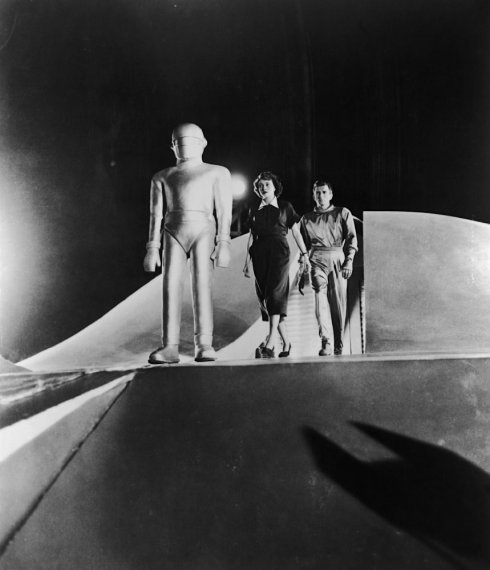 Gort, Patricia Neal and Michael Rennie