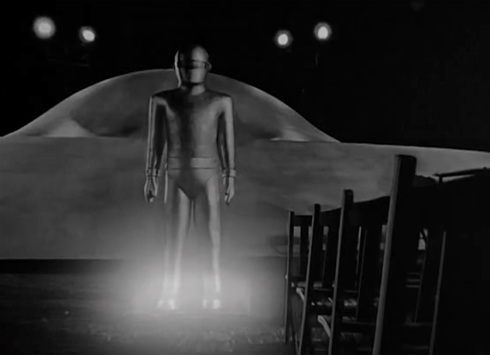 day the earth stood still GORT stands at the ready lit up