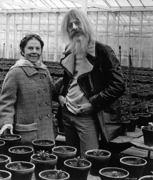 ruth-and-hal-ashby-on-set