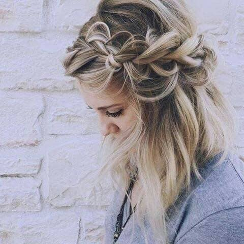 The Messy Knotted Side Braid