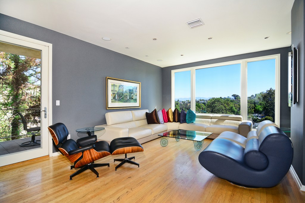 5084 Campo Ave, Woodland Hills
