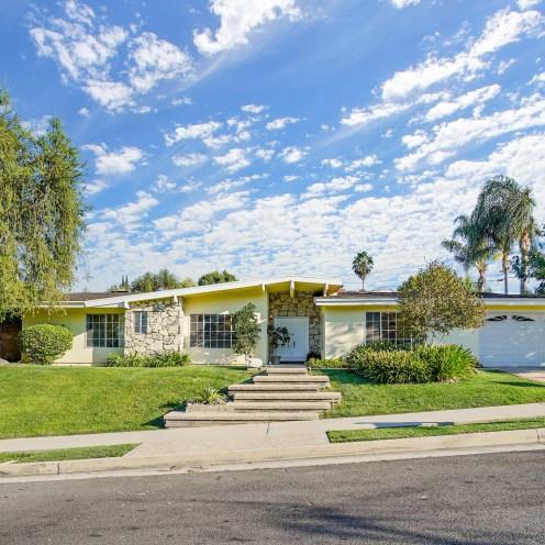23820 Berdon Street, Woodland Hills, CA 91367
