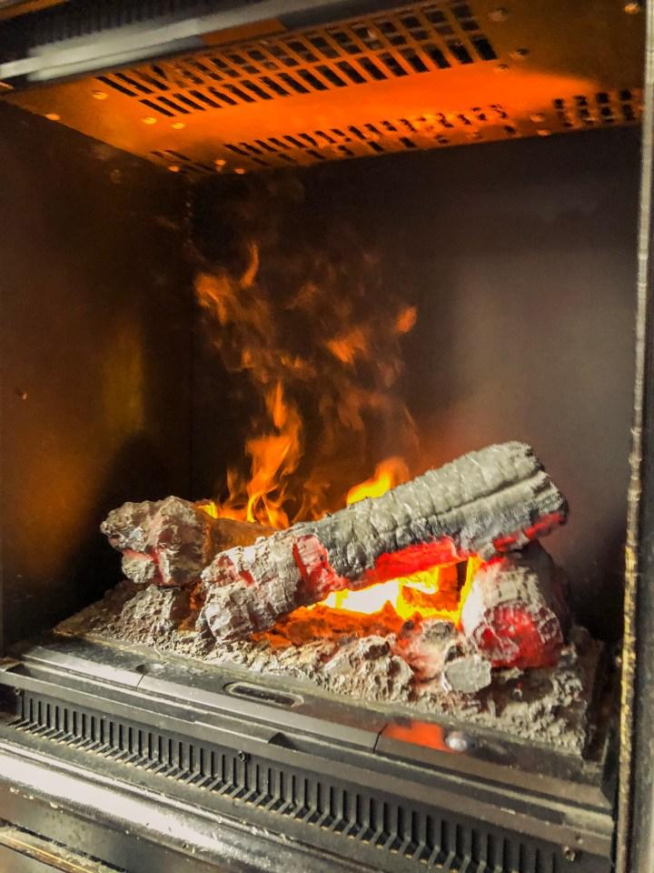 TwentyFivePlusFive Davinci Fireplace
