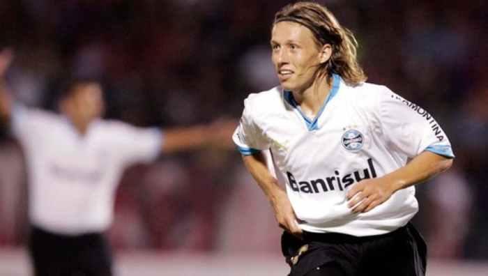 Lucas Leiva, Source- Esporte Interativo