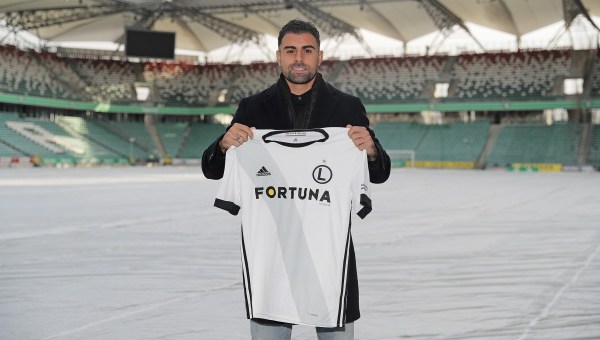 Mauricio of Lazio, playing for Legia Warsaw this season, Source- Legia Warszawa Official Website