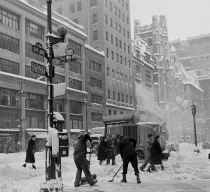 5th avenue Snow - December 1947 - LIFE - Mark Kauffman