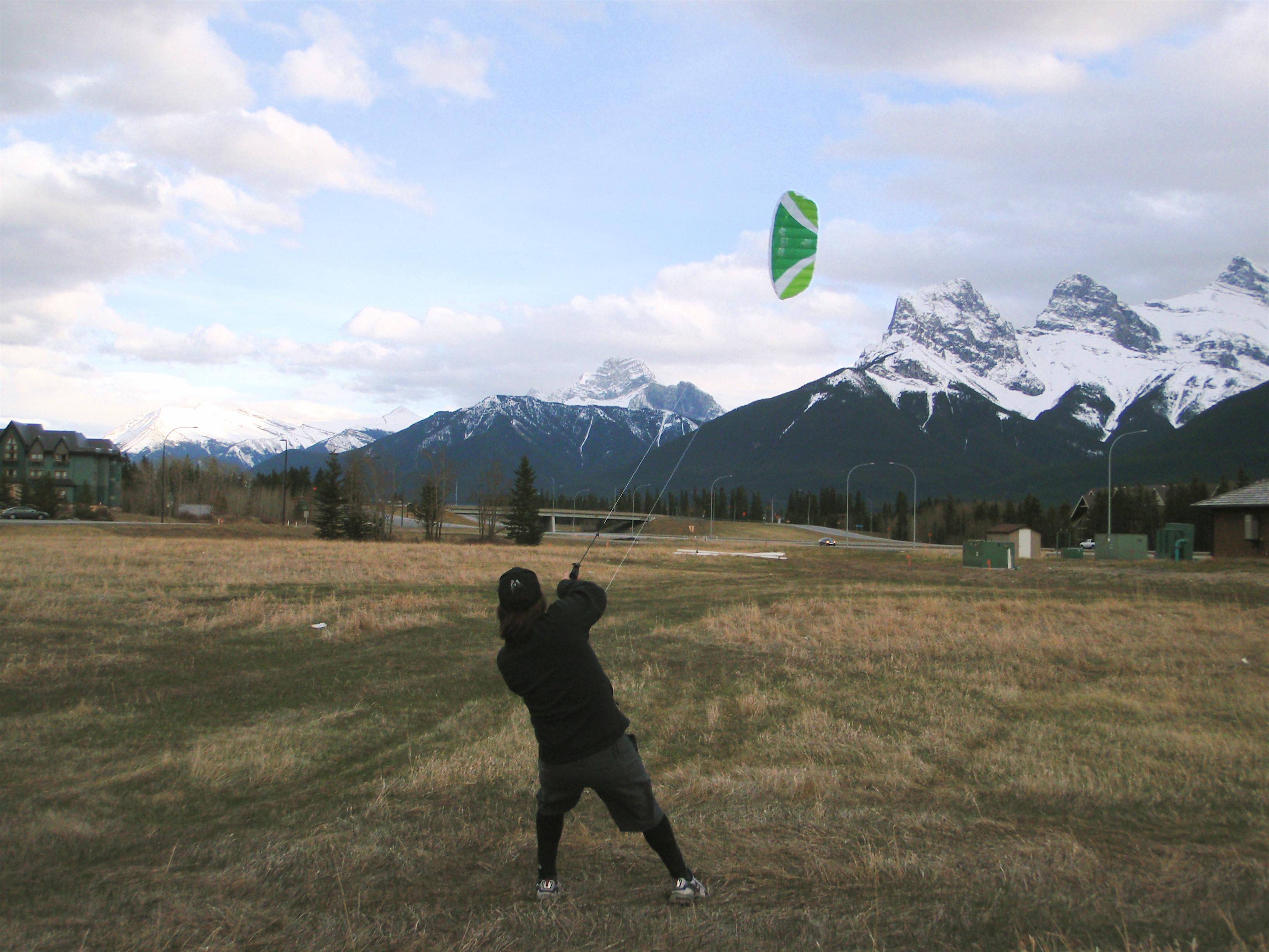 Kurt training with a 2.3m 2 line power kite.