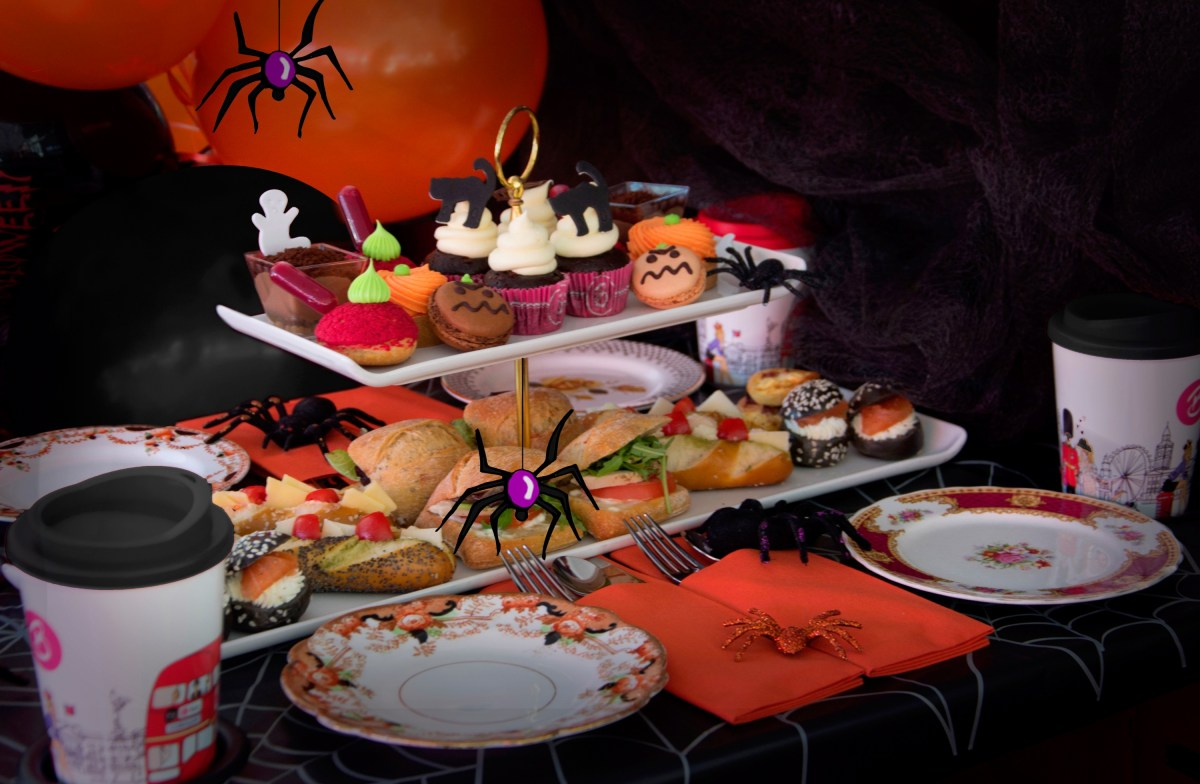 Halloween Afternoon Tea BB Bakery Bus Tour