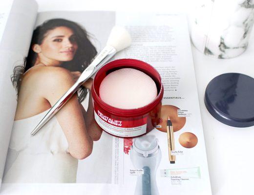 L'Oreal Paris Revitalift Glycolic Peel Pads Review - UK Beauty Blog The LDN Diaries