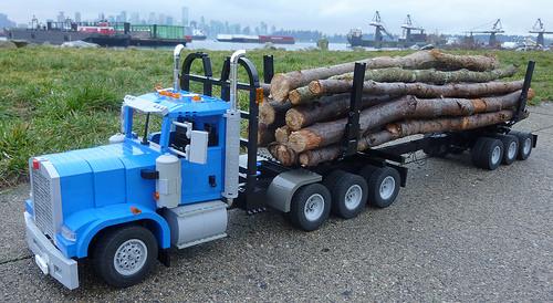 Lego Kenworth Log Truck